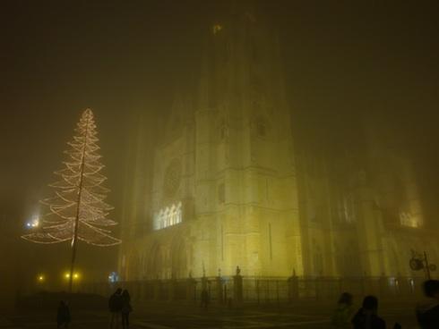 catedral-niebla-1